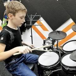 Обучение игре на барабанах, ударных.