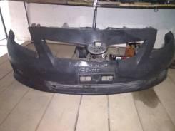 Бампер передний Toyota Auris NZE 151 06-09