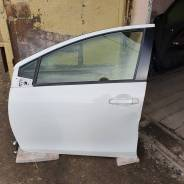 Дверь Toyota aqua, левая передняя NHP10
