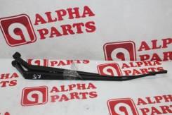 Держатель щетки стеклоочистителя Toyota Avensis Azt250 [8522105080] AZT2151, передний