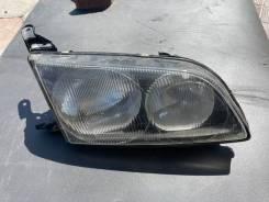 Фара правая Toyota Ipsum SXM10 SXM15 44-11