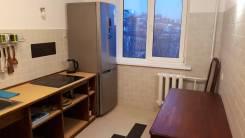 2-комнатная, улица Камская 5. Столетие, частное лицо, 50,0кв.м. Кухня