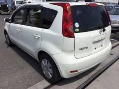 Продам задний бампер на Nissan Note 2004-2010