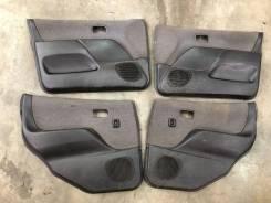 Обшивки дверей комплект Toyota Duet, Daihatsu Storia