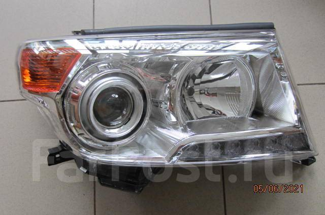 Фара правая Toyota Land Cruiser 200 2012-2016