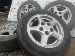 Оригинальные литые диски Toyota на шинах Kumho 185/65R14