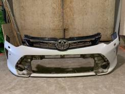 Передний бампер Toyota camry