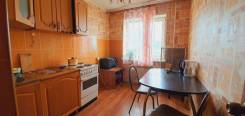 2-комнатная, проспект 100-летия Владивостока 62. Столетие, частное лицо, 50,0кв.м.