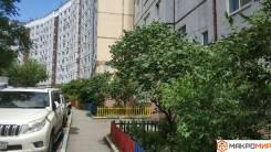 3-комнатная, улица Надибаидзе 11. Чуркин, проверенное агентство, 67,5кв.м. Дом снаружи