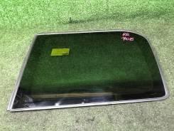 Стекло собачника правое заднее Toyota VOXY ZRR70 [AziaParts]