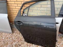 Дверь Toyota Prius a