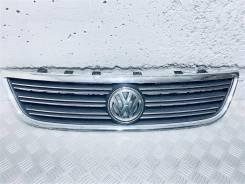 Решетка радиатора Volkswagen Phaeton Год: 2005 [3D0853651H, 3D7853600]