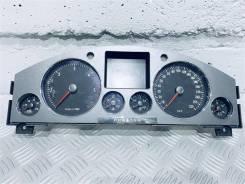 Щиток приборов (приборная панель) Volkswagen Phaeton Год: 2005 [3D0920885]