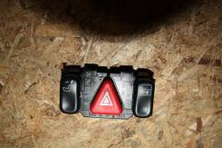 Кнопка аварийной сигнализации Mercedes-Benz W208