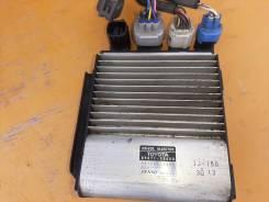 Реле вентилятора охлаждения двс на Hiace KDH206