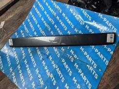 Накладка крышки багажника Mazda Demio 2004 [D35050811] DY3W DY5W