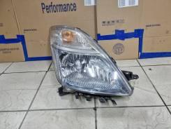 Фара правая Toyota Prius NHW20 ксенон