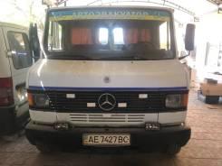 Mercedes-Benz 609D. Эвакуатор Mercedes 609D, 4 000куб. см., 5 000кг., 4x2