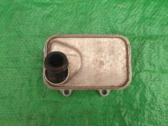 Радиатор масляный 06L117021E Шкода Октавия А7, VW 06L117021E