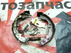 Механизм стояночного тормоза правый Toyota 4654028010