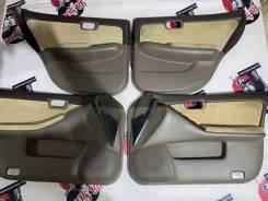 Дверные карты Nissan Laurel HC35 цвет QT1 2002 год 809008L500