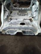 Задняя часть кузова Toyota Prius NHW20