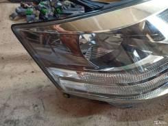 Фара Toyota Alphard рестайлинг