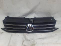 Решетка радиатора Volkswagen Polo Mk5 2014-2020 Оригинал 6RU853653B