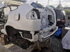 Половина кузова задняя част Rear cat Toyota Harrier MCU31W