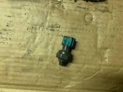 Датчик давления фреона Nissan [921366J010] 921366J010