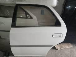 Дверь левая задняя Toyota cresta 100 цвет 051
