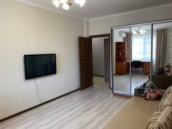 1-комнатная, улица 1 Мая 91. Прикубанский, частное лицо, 54,0кв.м. Комната