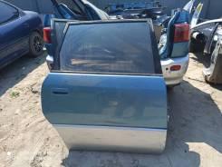 Дверь задняя правая Toyota Ipsum/Picnic M10