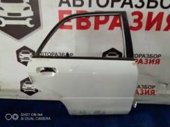 Дверь задняя правая Mazda Familia 2001 г, седан (дефект)