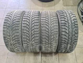 Bridgestone Blizzak Spike-01. зимние, шипованные, б/у, износ 20%