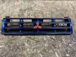 Решетка радиатора T39 Mitsubishi Pajero V25W 6G74 MR376653