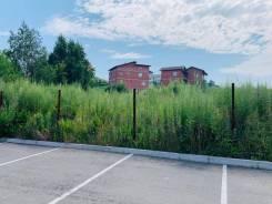 Продаем земельный участок в квартале Моряки Амурцы. 1 371кв.м., собственность, электричество, вода