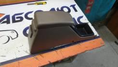 Консоль между сидений Toyota Hilux SURF 5890135110E0