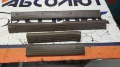 Накладка на порог Toyota Hilux SURF, правая задняя 6791735010E0