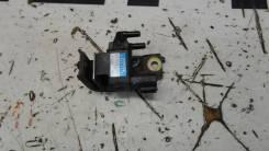 Клапан вакуумный Toyota Hilux SURF 2586075181