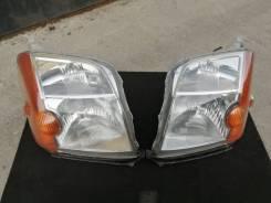 Комплект фар (ПАРА) Xenon в сборе на Honda Mobilio GB2 до рестайлинг