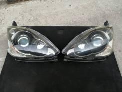 Комплект фар (ПАРА) Xenon в сборе на Honda Civic EU3 рестайлинг