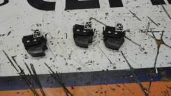 Кнопка стеклоподъемника Toyota Hilux SURF 8481012080