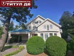 Продаётся большое домовладение на Океанской. Улица Яхтовая 14, р-н Океанская, площадь дома 458,1кв.м., площадь участка 1 200кв.м., скважина, элект...