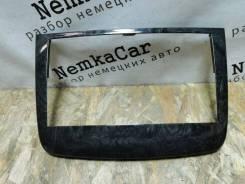 Рамка магнитолы Mercedes-Benz Vito 2012 [6396891539] 639 Рестайлинг OM651 6396891539