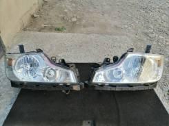 Комплект фар (ПАРА) Xenon в сборе на Honda Stepwgn до рестайлинг