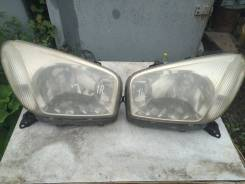 Фары переднии (левая, правая) 00030007 Toyota RAV4