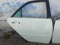 Дверь Toyota Mark 2