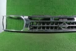 Решетка радиатора б/у Nissan Terrano R50 1996