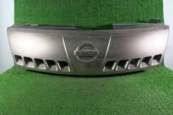 Решетка радиатора б/у Nissan Serena C25 2006